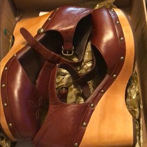 UGG Chrissie boots